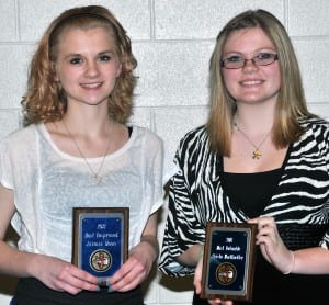 BOMBER CHEERLEADING … Recognized at the Edon High School 2013 Winter Athletic Awards Night were, from left, Jaimie Moon (Most Improved Award) and Crista Wortkoetter (Most Valuable Award).  Not pictured ~ Samantha Mercer (BBC Scholar Athlete) and Ashley Bryant (BBC Scholar Athlete).